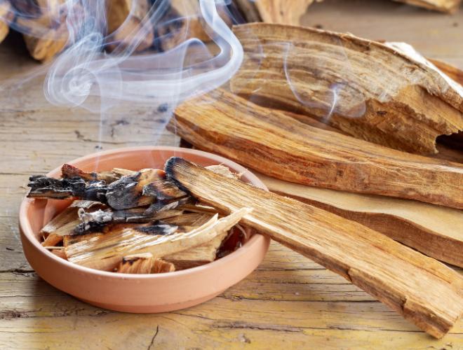 Palo Santo ~ Bâtonnets de bois à brûler ~ Encens